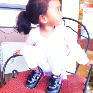 Monday: These shoes are her current obsession and she ruined this outfit with these shoes :/