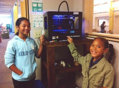 The girls got to check out the makerbot 3D printer